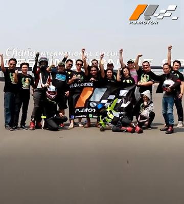 Kawasaki PJMotor Sakhonnakhonจัดทริปพาลูกค้าไปมันส์สุดเหวี่ยงชมการแข่งขัน WSBK 2018