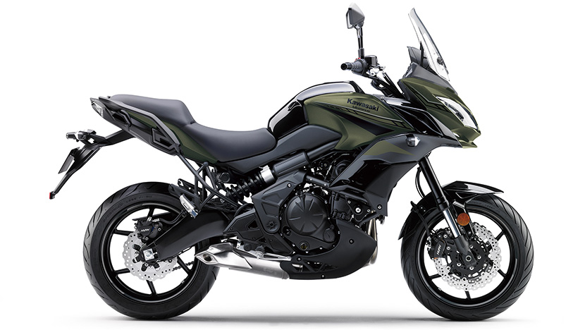 Versys 650 : Metallic Matte Covert Khaki / Metallic Spark Black